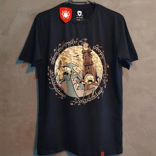 Camisa Masculina Rick em Mordor